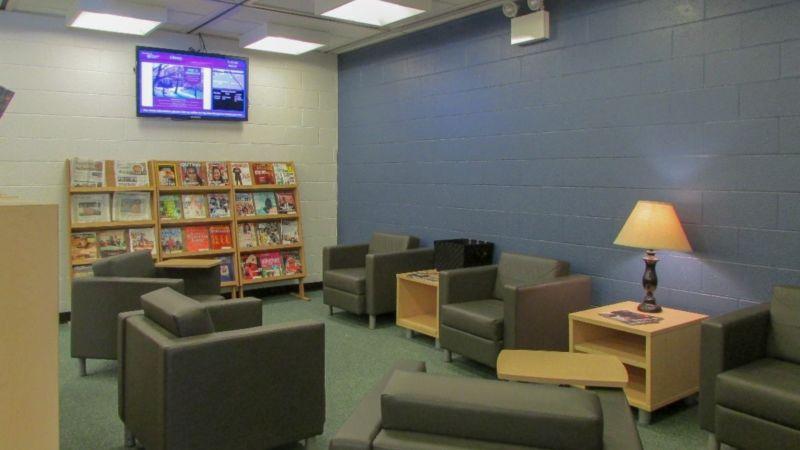Leisure Reading Lounge. U201c