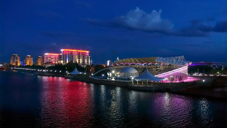 Nur-Sultan at night